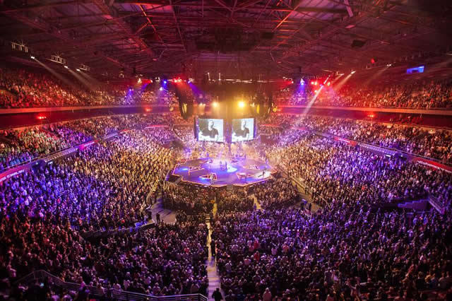 HILLSONG CONFERENCE IN THE USA LAUNCHING OCTOBER 2013