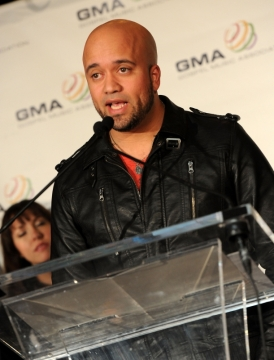 Carlos_Whittaker_announced_nominations_at_the_Atlanta_press_conference