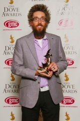 DAVID_CROWDERBANDS_CHURCH_MUSIC_GARNERS_PRAISE__WORSHIP_ALBUM_OF_THE_YEAR_WIN_AT_41ST_ANNUAL_GMA_DOVE_AWARDS_fusemix_dove_awards_2010_winners
