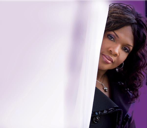 cece_winans_invites_you_to_tune__in_for_a